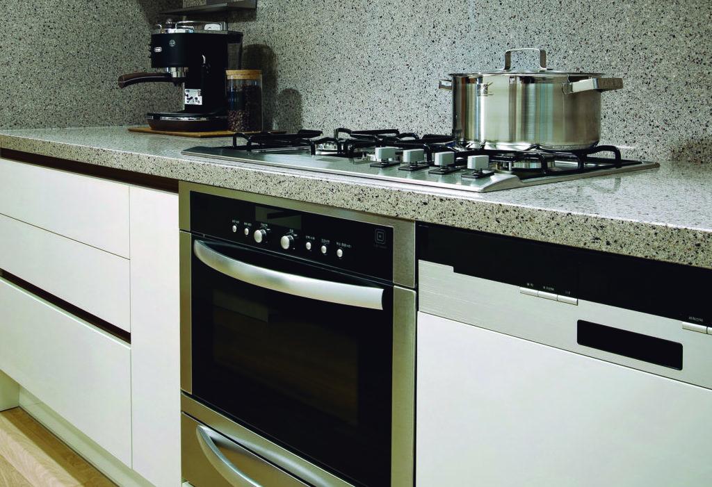 Выбор столешницы для кухни